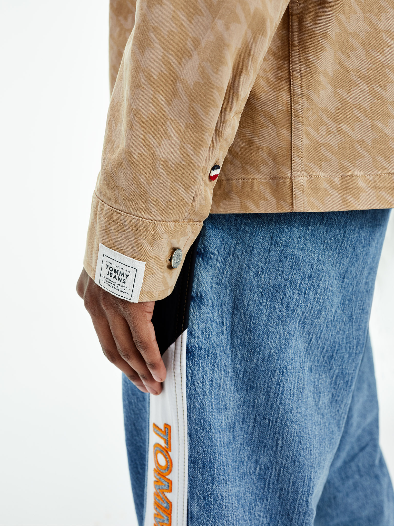 Spring 2021_Tommy Jeans_Look 6_Detail